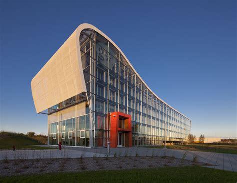 coarchitecture glaxo smith kline administrative building
