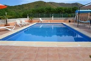 Traitement Choc Piscine : traitement choc piscine quand et pourquoi guide ~ Carolinahurricanesstore.com Idées de Décoration