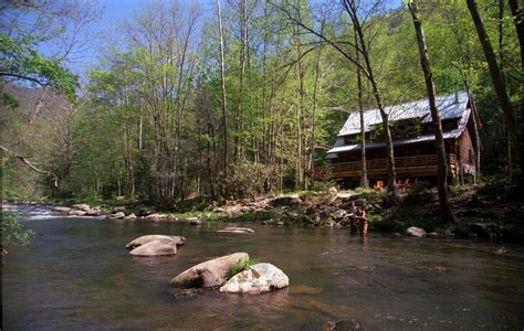 carolina cabins mountain vacation rentals and lakefront cottages riverfront cabin in