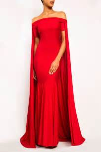 Gowns For Red Carpet by Best 25 Long Cape Dress Ideas On Pinterest Cape Dress