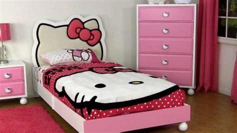 20 Cute Hello Kitty Bedroom Ideas
