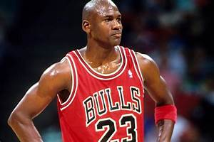 Top 10 Greatest NBA Players of All Time Sporteology