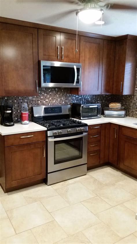 finished kitchen lg gas range kraft maid cabinets