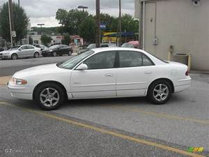 Bright White 2000 Buick Regal Ls Exterior Photo  53434509