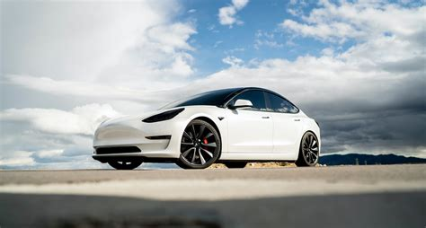One Bitcoin Can Now Buy You A Brand New Tesla Car The Tech ...