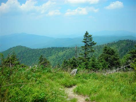 appalachian trail trails near gap hiking dome double springs mountains missing hiker clingmans heading spring hike mountain most commons clingman