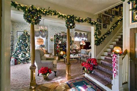 beautifull living room christmas decoration ideas