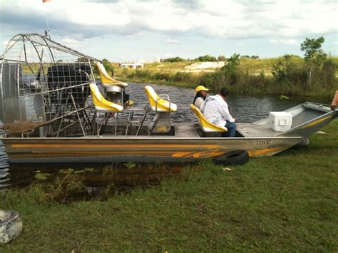 Everglades Boat Tours Homestead Fl by Homestead Everglades Airboat Tour Airboat In Everglades