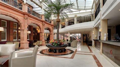 Rezime Crown Hotel by Clayton Crown Hotel Official Convention Bureau