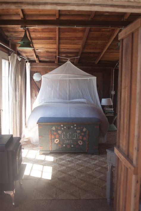 dreamy  practical mosquito nets   bedroom
