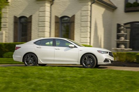Acura Tlx 2019 by 2019 Acura Tlx Pricing And Specs Announced