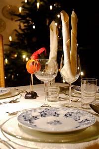 Weihnachtsessen In Deutschland : w rstchen und kartoffelsalat typisch deutsches weihnachtsessen dackel ~ Markanthonyermac.com Haus und Dekorationen
