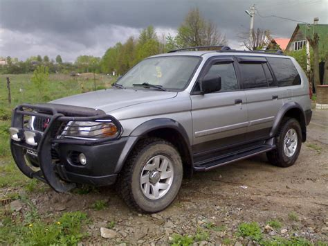 mitsubishi montero sport 2003 2003 mitsubishi montero sport information and photos