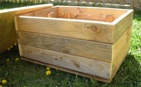 wooden compost bin vermicomposting in your home 1157