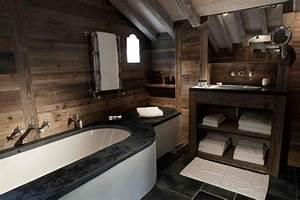 zannier chalet en bois promettant des vacances With salle de bain montagne