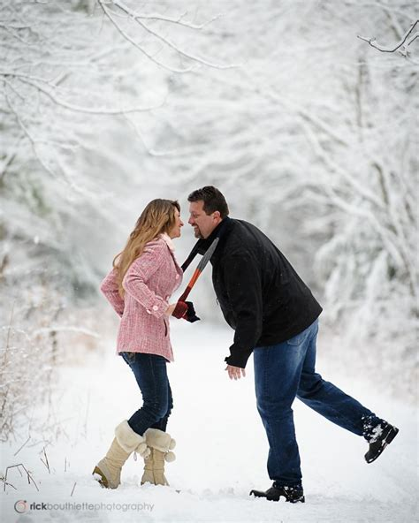 couple  snow engagement photography winter engagement