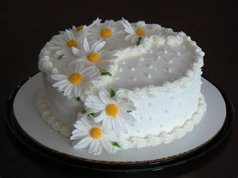 flower birthday cake pictures of flower cakes beautiful flowers