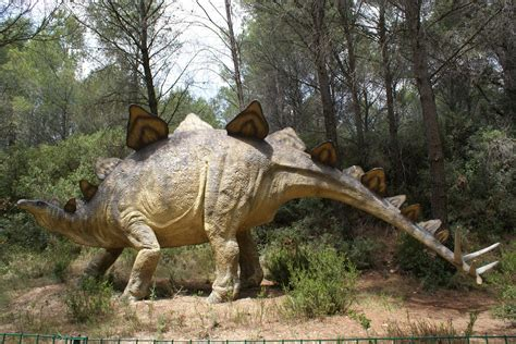 dessins en couleurs  imprimer dinosaures numero