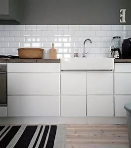 Küchenfliesen Wand Modern : weisse subway fliesen rechteckige in der kueche haus ~ Articles-book.com Haus und Dekorationen