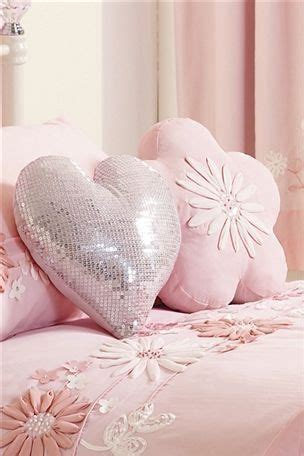 pink bedroom cushions best 20 pink cushions ideas on pinterest pink pillows 12835 | 83f4041273eadc061c5b8018deb83f7c light pink bedrooms glam bedroom