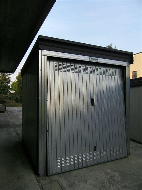 Porte Basculanti Per Box Auto Prezzi by Carzaniga Offerte