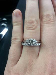 Used diamond rings for pawn wedding promise diamond for Pawn shop wedding ring prices