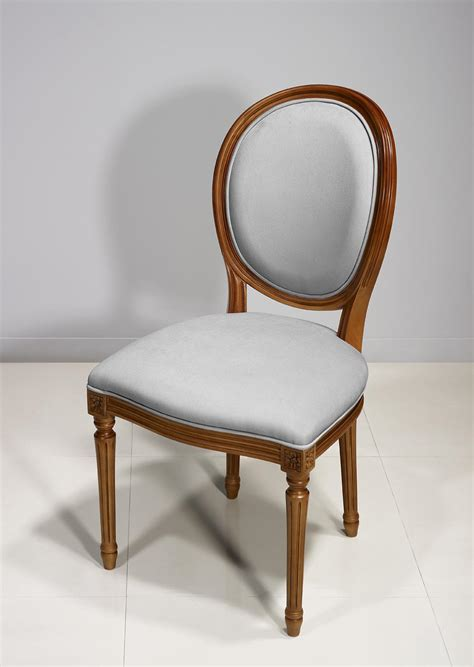 chaise merisier chaise emeline en merisier massif de style louis xvi