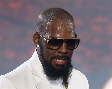 Instead Of Calling R Kelly Dad His Estranged Kids Call