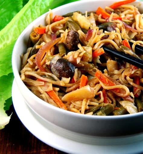 hakka cuisine recipes veg hakka noodles an indo food stalwart