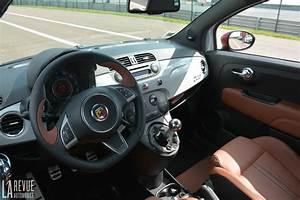 Fiat 500 Interieur : photo abarth 595 turismo interieur ~ Gottalentnigeria.com Avis de Voitures