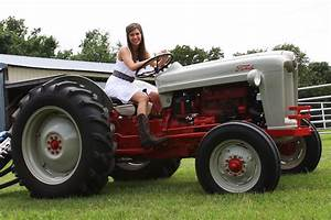 Tractor Of The Week  1953 Ford Jubilee