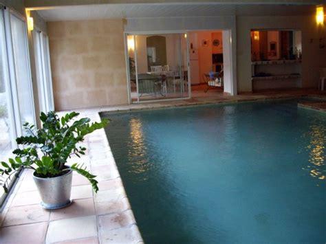 chambre hote piscine chauff mobilier table chambre d hote avec piscine intérieure