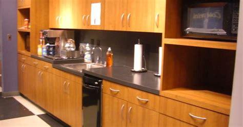 kitchen cabinets stores base cabinsets wilsonart cherry laminate 7919 38 3252