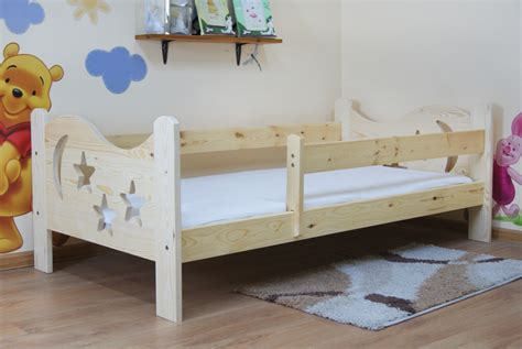 Camilla 140x70 Natural Toddler Bed, Made 100% From Pinewood