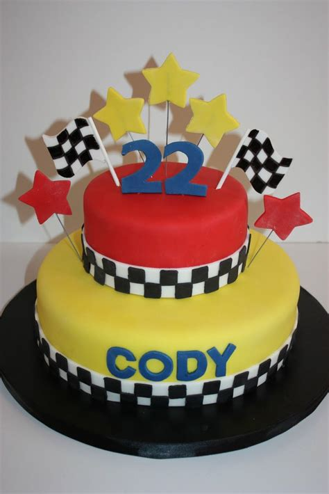 images  racing cakes  pinterest nascar cake cars  race track cake