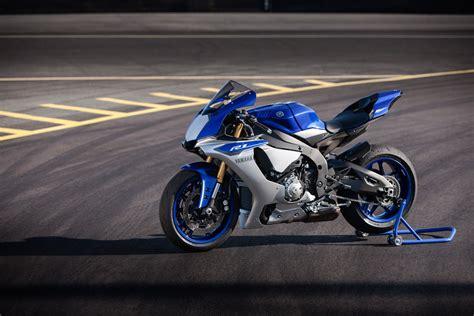 Modification Yamaha R1m by Review 2015 Yamaha Yzf R1 Cycleonline Au