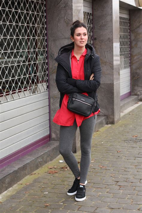 Outfit athletic casual in silk and Pumas - THE STYLING DUTCHMAN.