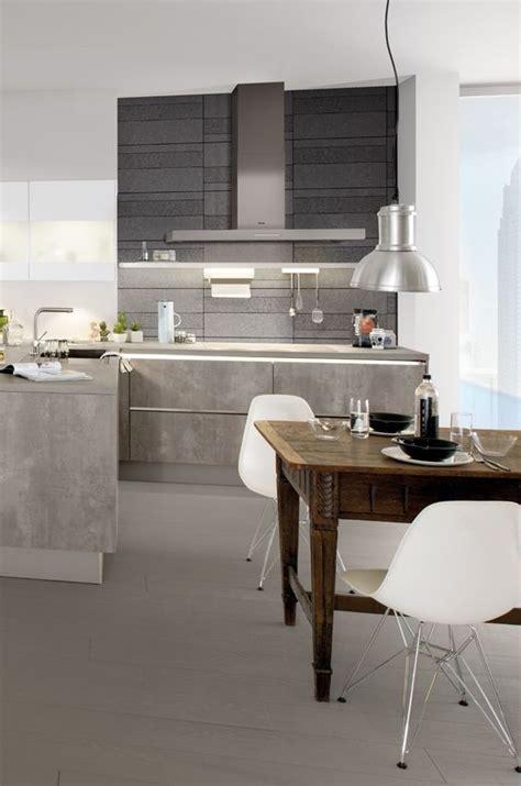 Eine Küche Voller Kontraste Beton Trifft Auf Edelstahl