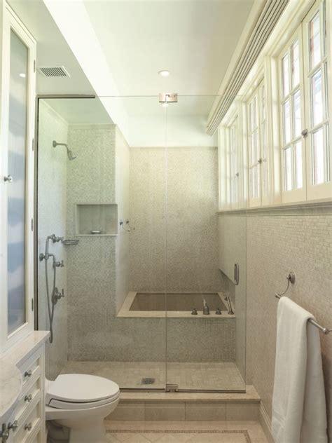 Kleines Badezimmer Einrichten by Kleines Bad Wanne Dusche Kombintion Glaswand Tuer Beige