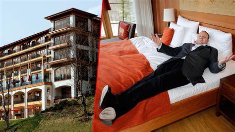 Wir lassen uns nicht eins ums andere mal da irgendwie über den tisch ziehen. Vor dem G7-Gipfel auf Schloss Elmau: BILD im Bett der ...