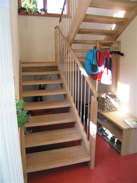 treppe weiß holz treppen treppen moosbauer