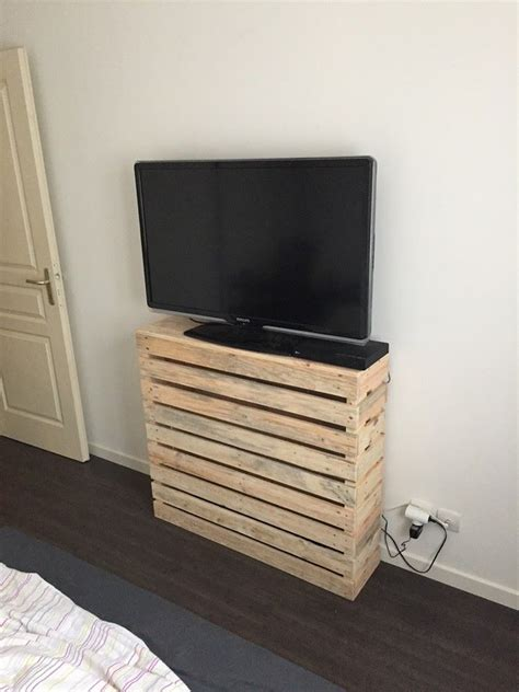 diy pallet custom bedroom tv console  pallets