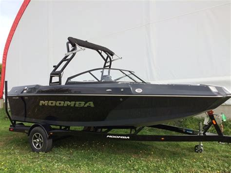 Moomba Helix Boat Reviews by Moomba Helix 2017 New Boat For Sale In St Alphonse De