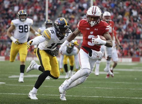 27+ Iowa At Wisconsin Football  Pictures