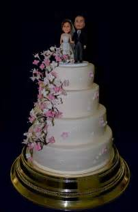 what you need for a wedding what tools do you need for wedding cake decorating gourmet engagement cakes best wedding