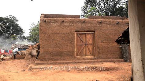 man constructing traditional mud house  narna village madhya pradesh youtube