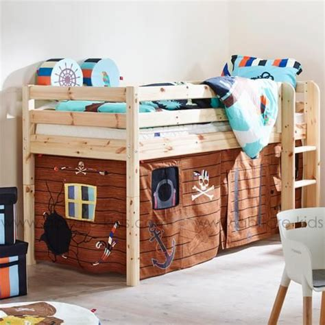 rideau de lit une cabane sous le lit mezzanine chambre