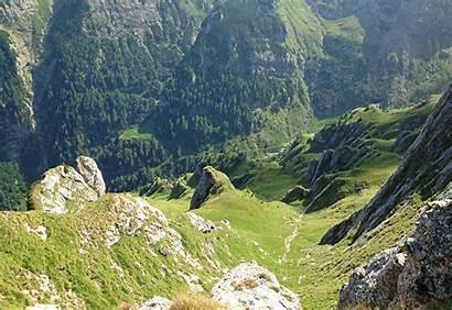 Carpathian Mountains Southern Morarului Acele Eye Romania