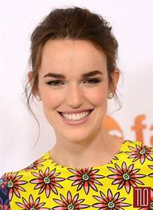 Elizabeth Henstridge in House of Holland at the 2015 ABC ...
