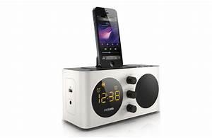 Iphone 5 Dockingstation : philips aj6200d fm alarm clock radio dock docking station for iphone 5 5s 6 6s ebay ~ Orissabook.com Haus und Dekorationen